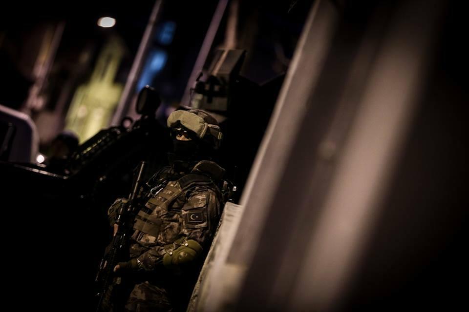 تركيا تحيد إرهابي مطلوب للأنتربول الدولي   تركيا الآن