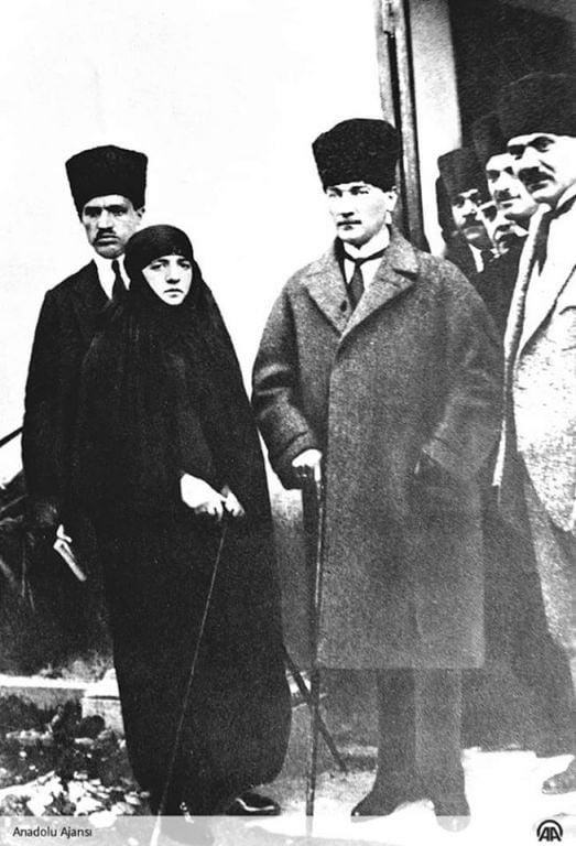 أتاتورك في عشرينيات القرن الماضي