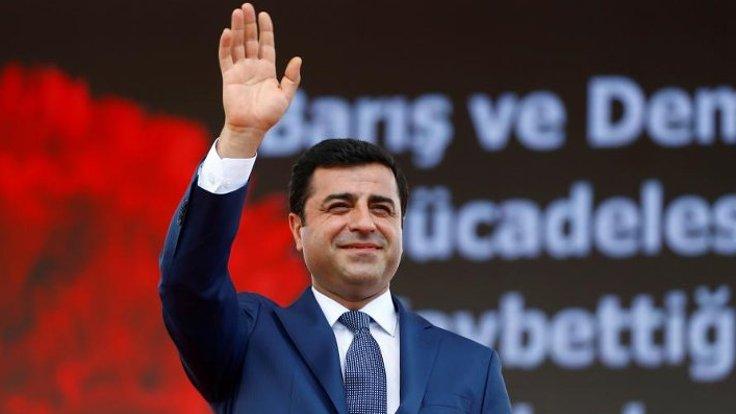 زعيم حزب الشعوب الديمقراطي الكردي المعارض صلاح الدين دميرطاش.