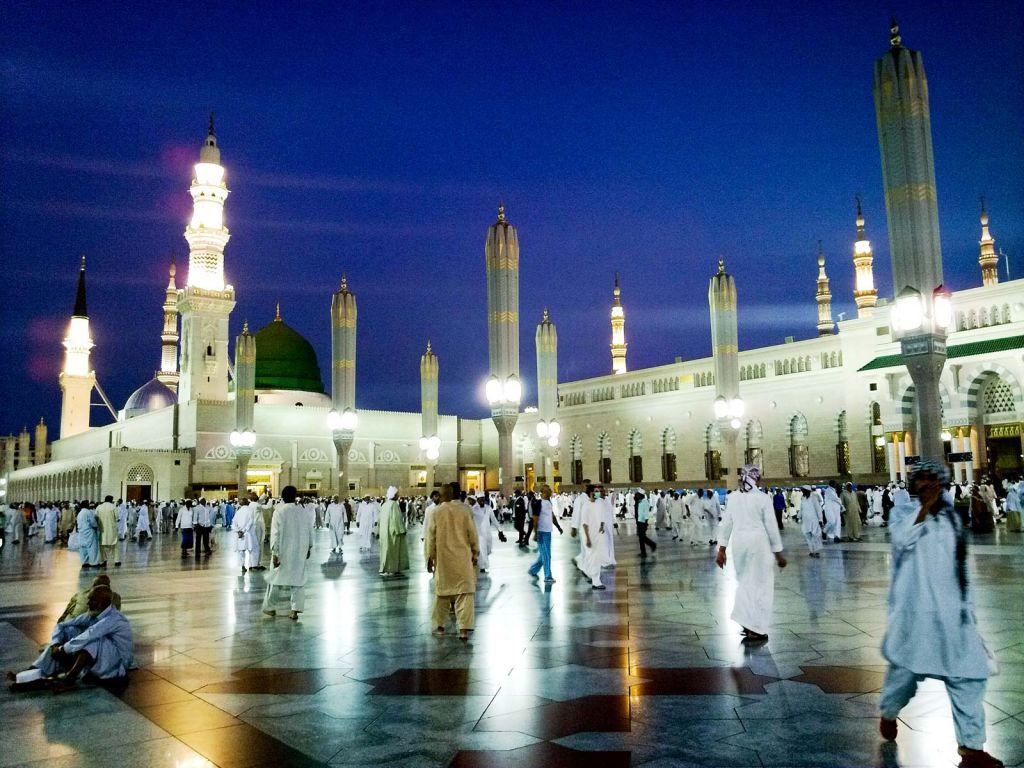 الفئات المسموح لها دخول المسجد النبوي