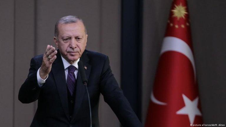 اردوغان للمعارضة: راجعوا كل كلمة تتفوهون بها - تركيا الآن