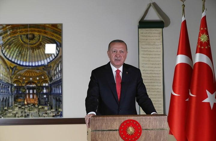 أردوغان: الكعبة الشريفة تشعر بالحزن