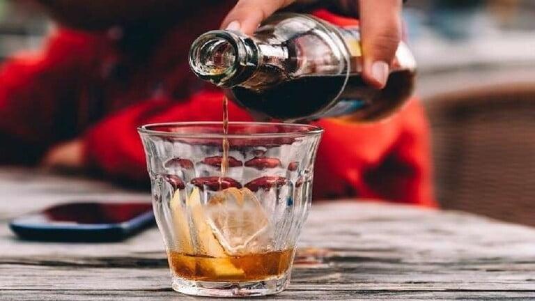 فئات ممنوعة من تناول المشروبات الغازية