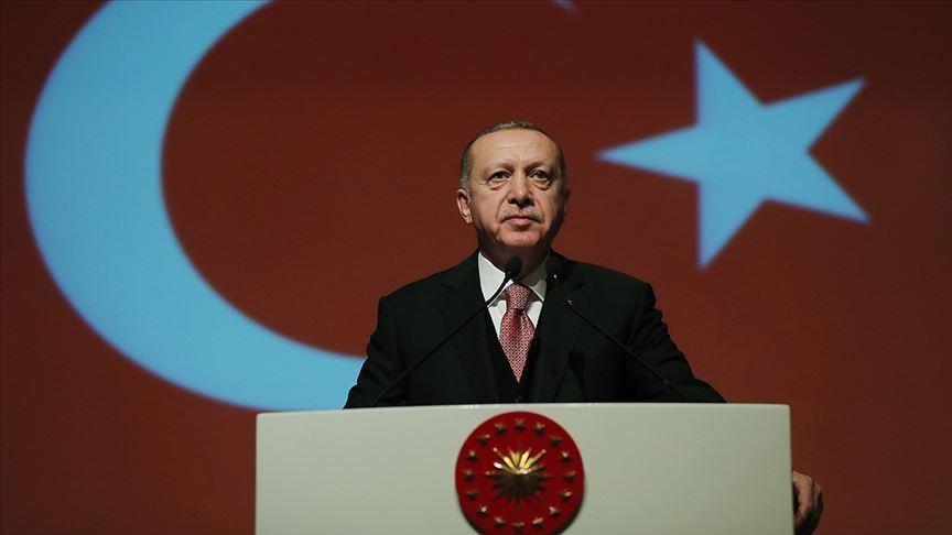 أردوغان: عداء أوروبا وفرنسا للإسلام والمسلمين مثل السرطان