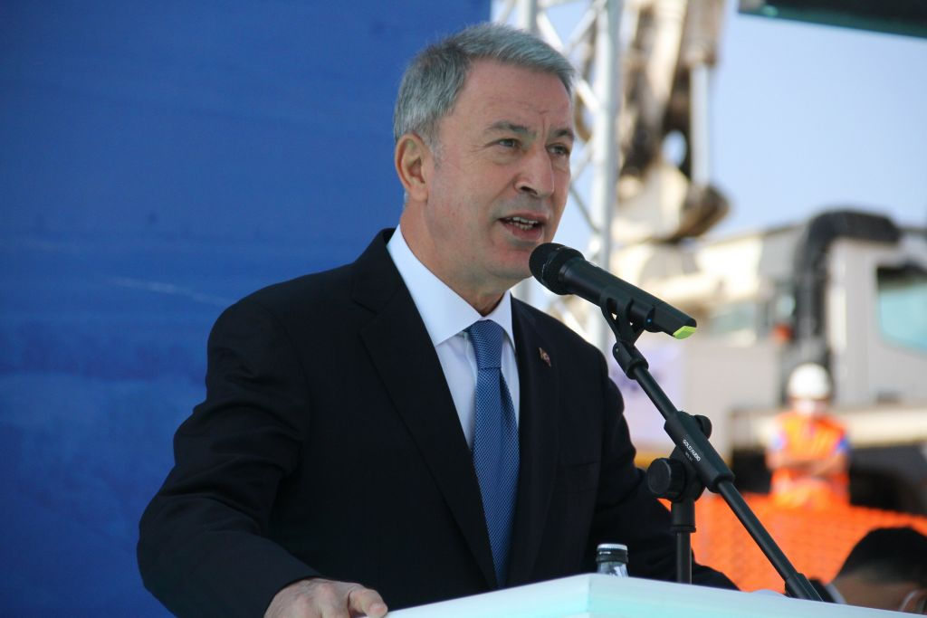 وزير الدفاع التركي: سيتم محاسبة المسؤولين عن الإهانات التي تطال الجنود