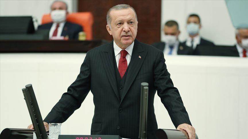 أردوغان يلتقي وزير الخارجية اليوناني