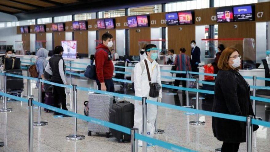 منع المواطنين من السفر