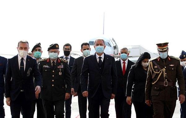 أكار ورئيس الأركان يصلان بغداد