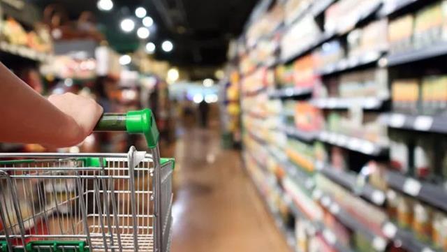 تزايد الشكاوى من الغلاء الفاحش في أسعار المنتجات الغذائية الأساسية