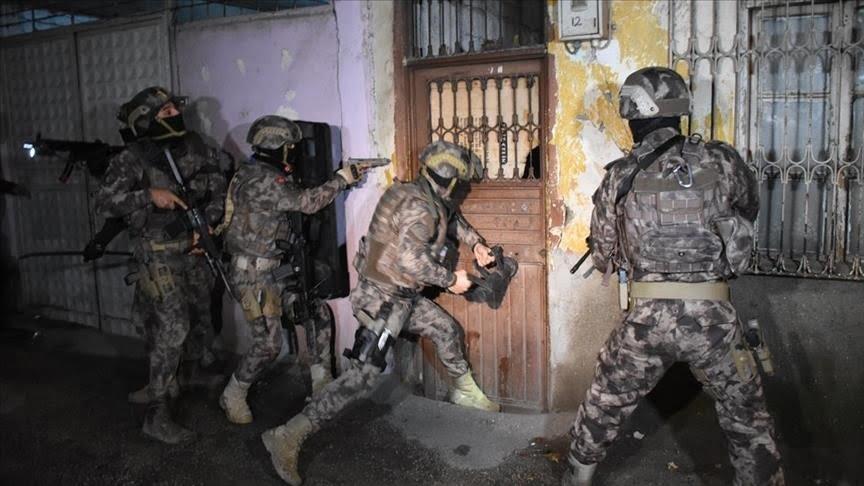 جانب من مداهمات ضد عناصر داعش في أنقرة
