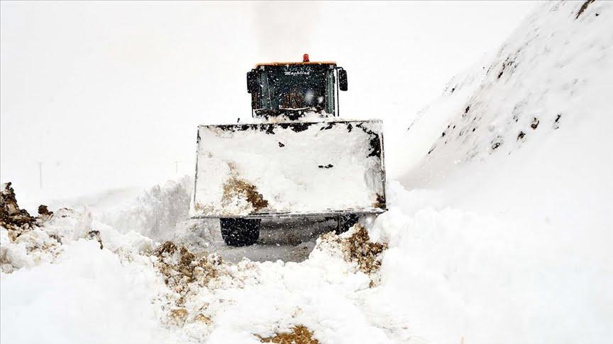 تجاوز ارتفاع الثلوج مترين