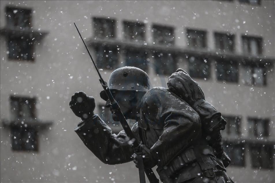 جانب من تساقط الثلوج على أنقرة