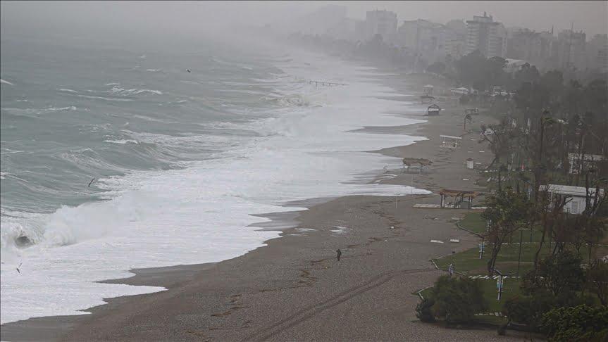 عاصفة في تركيا