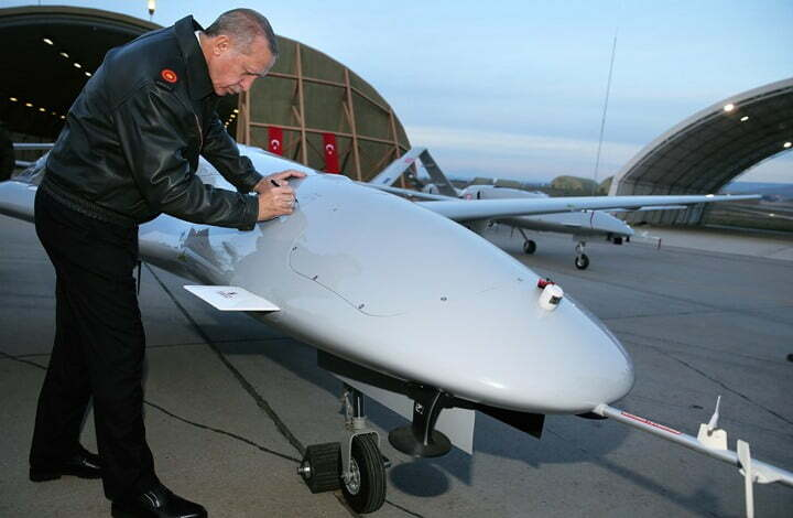 بلومبرج تكشف: السعودية اشترت بالفعل طائرات تركية مقاتلة بدون طيار