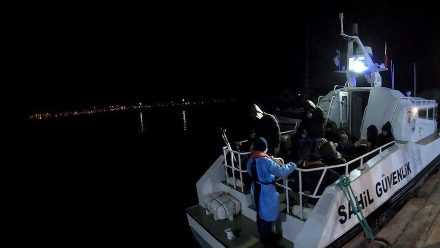 تركيا تنقذ 46 من طالبي اللجوء أرجعتهم اليونان إلى المياه الإقليمية التركية