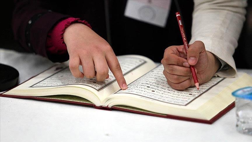 رئيس وزراء جمهورية شمال قبرص التركية ينفي أي نوايا لإغلاق مراكز تحفيظ القرآن