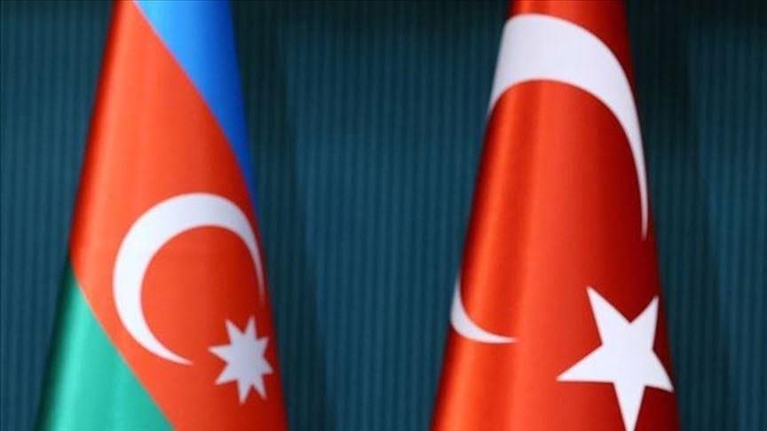 تركيا وأذربيجان توقعان اتفاقا