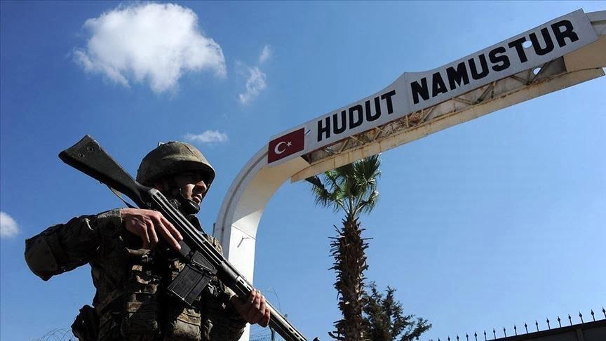 الجيش التركي يلقي القبض على 7 إرهابيين قبل عبورهم الحدود