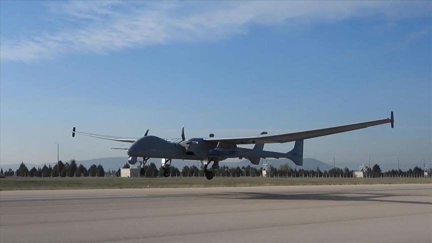 تركيا تعزز من قدرات طائراتها بدون طيار بذخيرة محلية جديدة