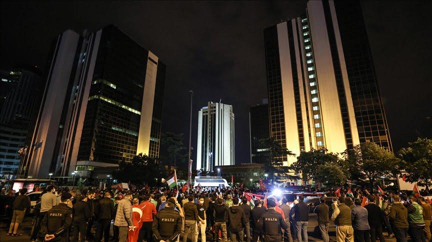 مظاهرة أمام القنصلية الإسرائيلية في إسطنبول تنديدًا بالانتهاكات في الأقصى