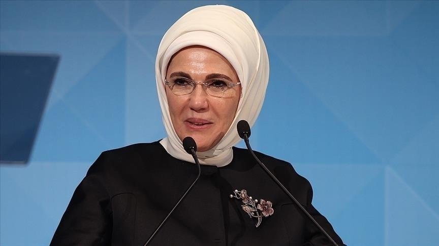 أمينة أردوغان تفتتح معرضا لمنتجات إعادة التدوير