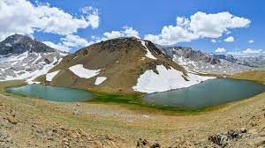 """بحيرات """"كاتير"""" التسع التركية تُبهر عشاق الطبيعة والتصوير"""