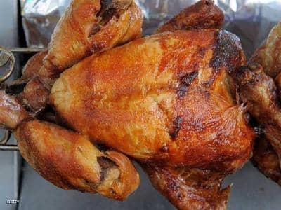 ما يحدث لجسمك عندما تأكل الدجاج فقط