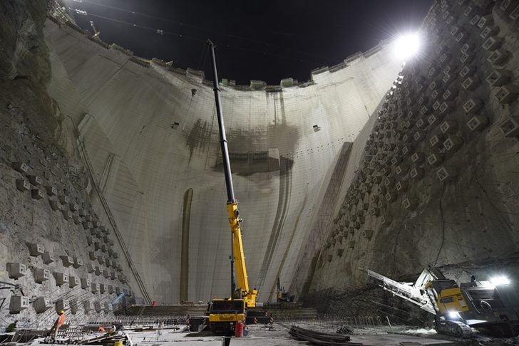 7سنوات في بناء ثالث سد بالعالم في تركيا