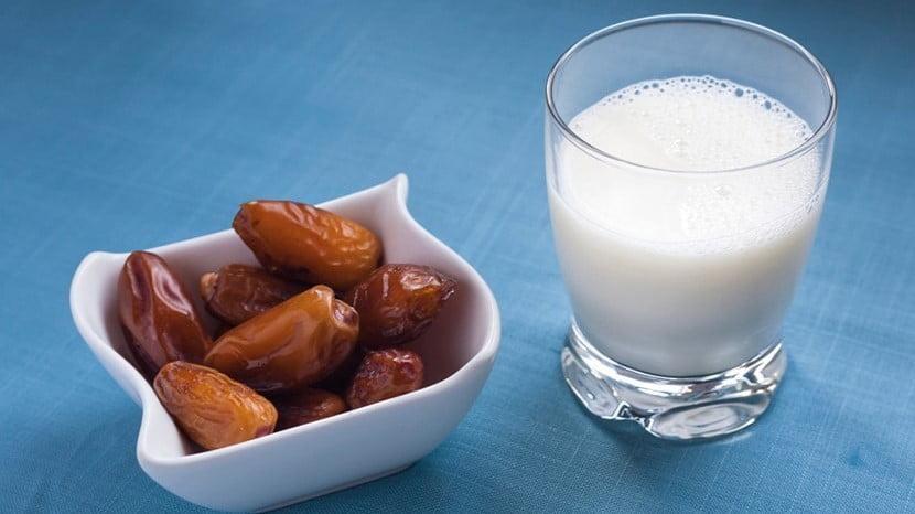 فوائد مذهلة لشرب الحليب مع التمر