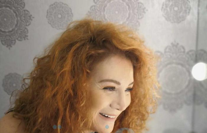 فنانة لبنانية تصدم جمهورها بإعلان طلاقها من والد أبنائها بالتراضي