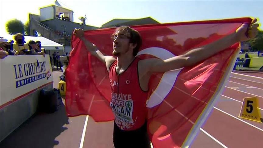 التركي آقتشام يحرز ذهبية 400 متر ببطولة أوروبا