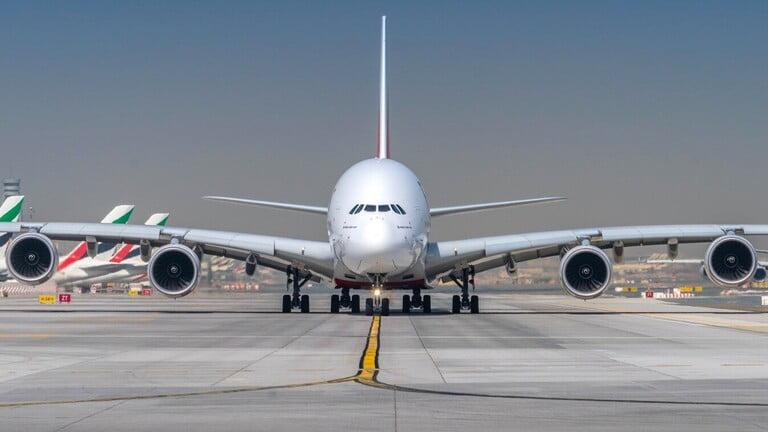 عملاق طيران الإمارات