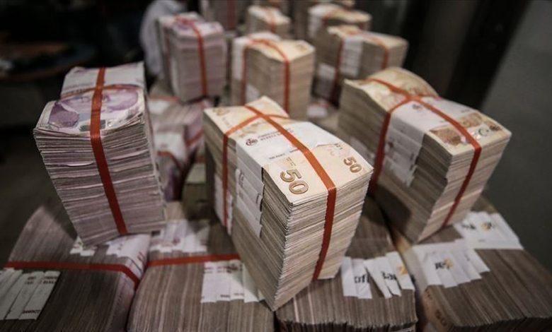 ماذا يعني كسر الدولار حاجز 9 ليرات تركية.. وما تأثيره على الاقتصاد التركي؟